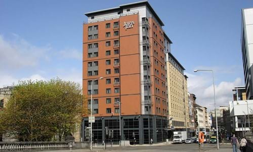 Exterior of the Jurys Inn Glasgow